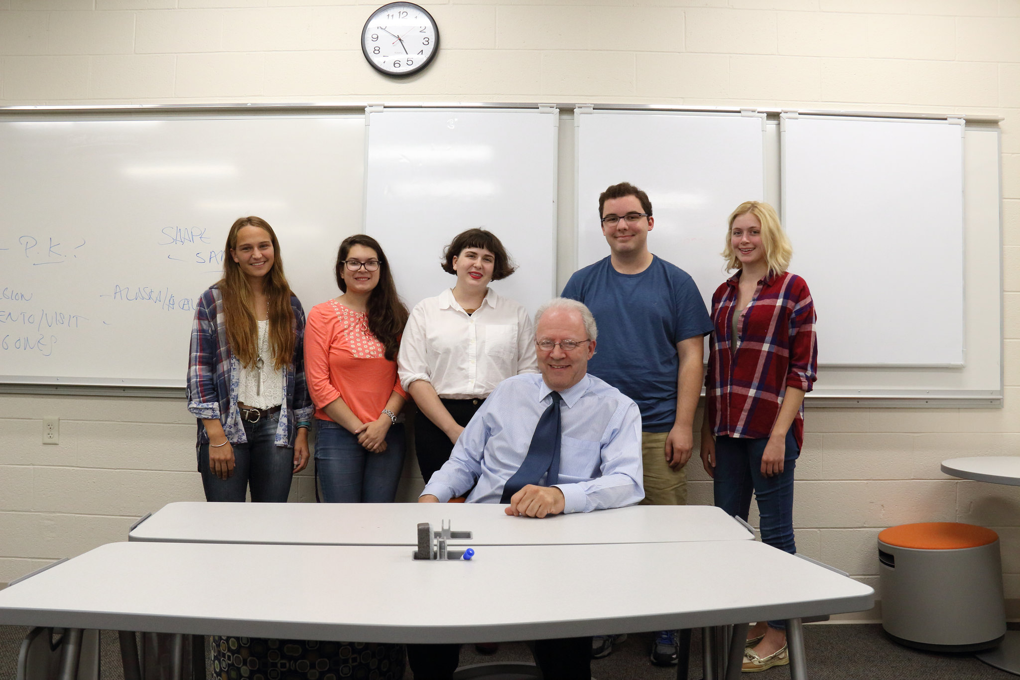 Global Scholars meeting Ambassador David Donoghue