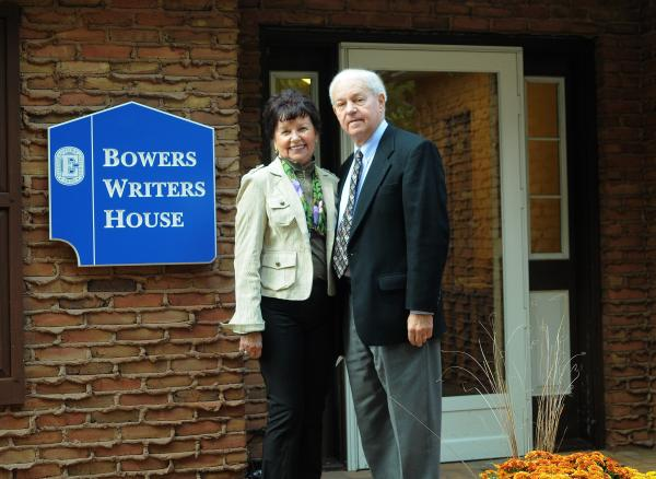 Kenneth L. Bowers '59 and Rosalie Erb Bowers '58 in front of writers house